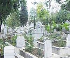 Ruyada-Mezarlik-Gormek